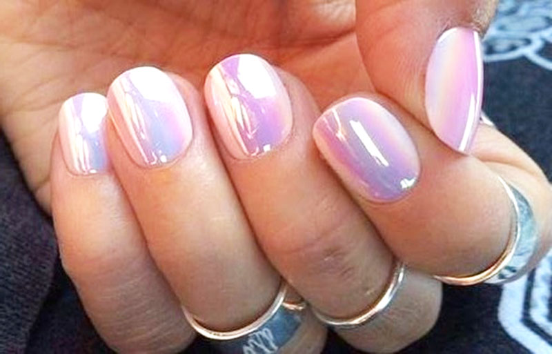 Hologram Nails In 2016